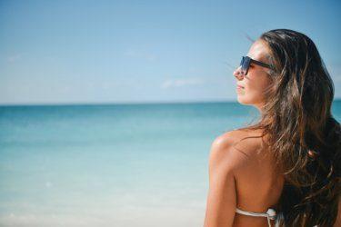 日焼けで黒くなった肌を最短で白くする方法!
