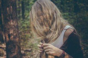 バサバサの髪